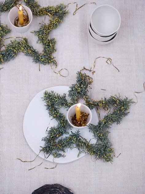 Einfach selber machen: Sternförmiger Adventskranz mit Zypressen - Bild 12 - [SCHÖNER WOHNEN]