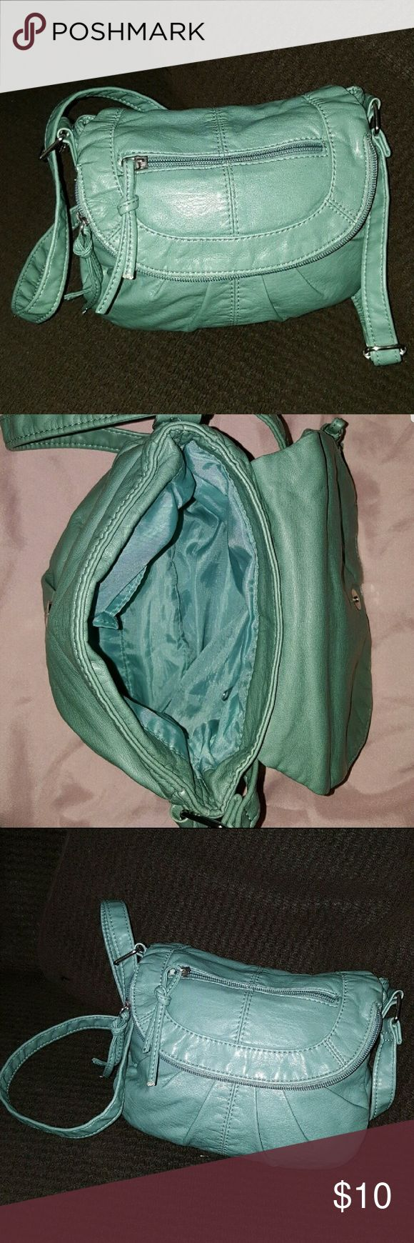 Dark mint purse Dark mint green bag with adjustable shoulder strap. In great condition. Bags