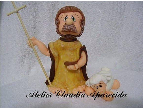São João Batista modelado em biscuit com características infantis.  Elo7 - Atelier Claudia Aparecida