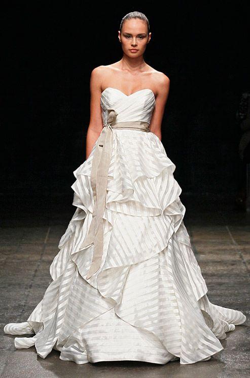 02 17 rustic ideas plum pretty sugar striped wedding dressesstripe