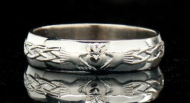 claddagh Ring for men. Wedding band?