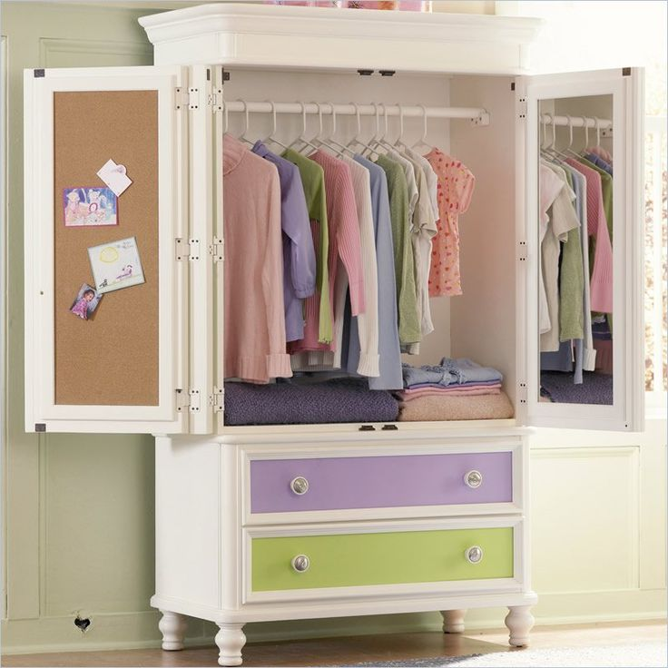 Pulaski Build A Bear Pawsitively Yours Kids TV/Wardrobe Armoire In Vanilla