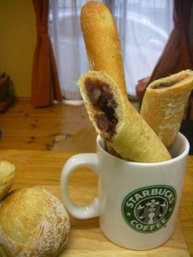 「・スティックハード餡パン」ファンナイ   お菓子・パンのレシピや作り方【corecle*コレクル】