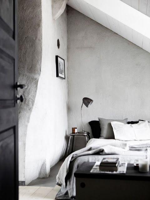 Si on conserve une chambre étroite (+ mur chaux)