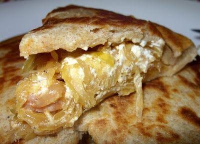Csiperke blogja: Sonkás savanyú káposzta indiai kenyérbe töltve