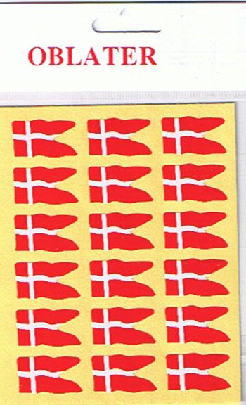 Mellemstore oblater med dannebrog spilt flag i en pakke med 36 stk selvklæbende klistermærker fra sjovogkreativ.dk