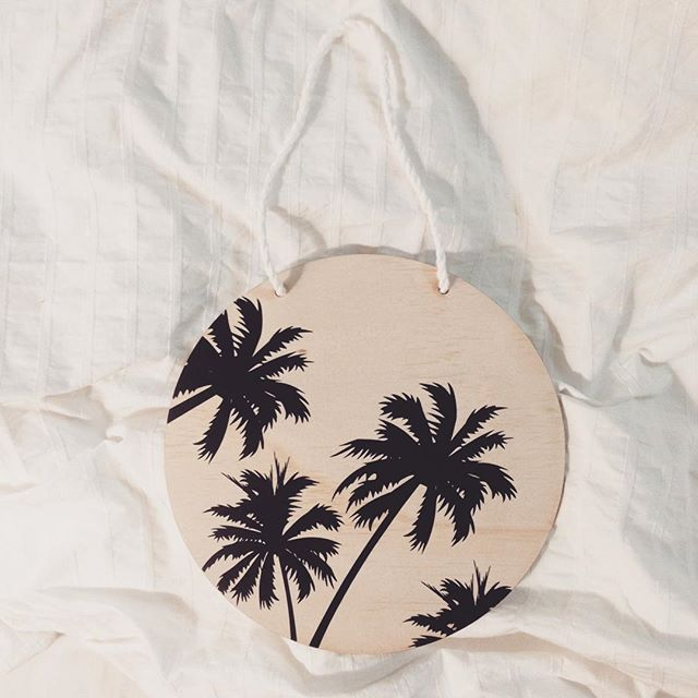 Here's a little something for you. My new 'summer palm wood plaque'. Available in black or white. She's a beauty and will be online tomorrow.  #zilvi #wallart #interiors #palms