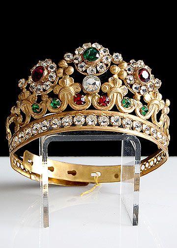 تيجان ملكية  امبراطورية فاخرة 296cf234dd51b70dcbccd4eabf4fdfdd