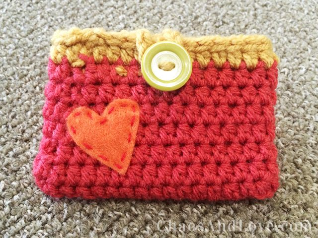 Crochet Mini Wallet - perfect for business cards! Tutorial ★•★•Teresa Restegui http://www.pinterest.com/teretegui/★•★•
