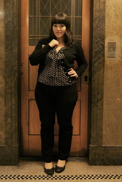 plus size black on black casual look (Frocks and Frou Frou - Lilli)