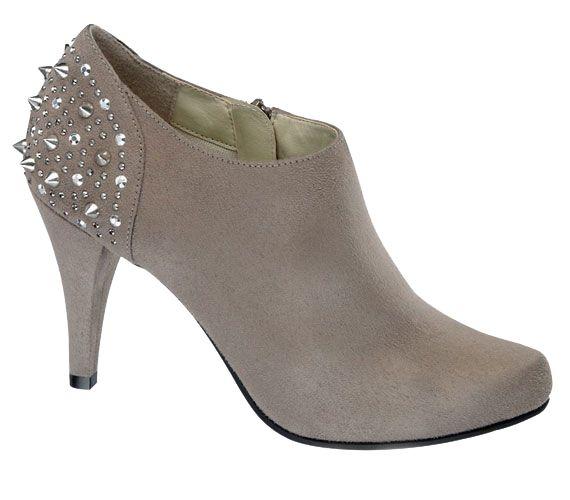 Csillogó, rafinált magas sarkú cipők   femina.hu