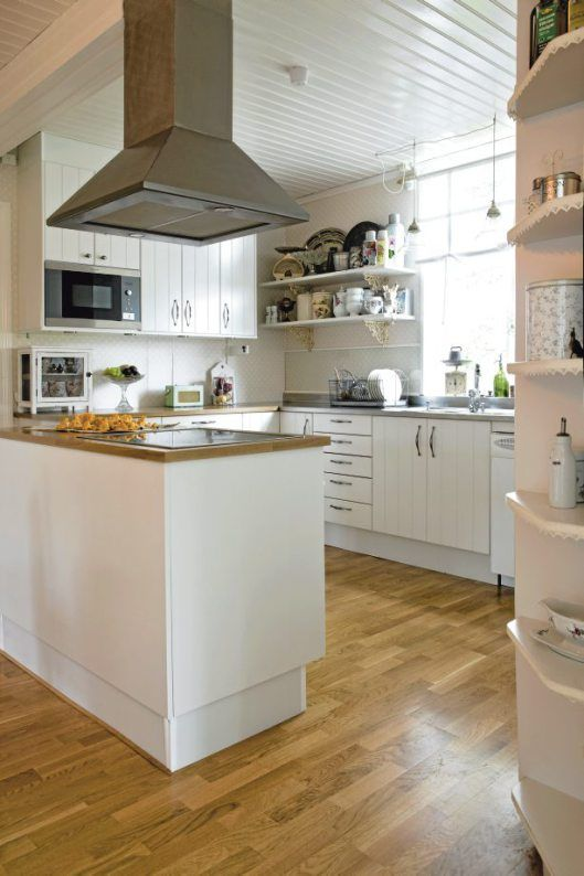 Nordic-Bliss-Swedish-home-country-style-kitchen