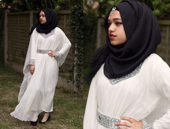 Al Madina Hijabs Black Scarf, Crystal Earring, Crystal White Kaftan, New Look Black Heels