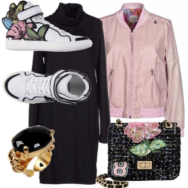 Un+focus+particolare+su+queste+sneakers+alte,+originali+e+trendy+firmate+Pierre+Hardy,+da+portare+anche+con+un+abito+minimal+con+collo+alto+in+nero,+abbiniamo+poi+un+bomber+rosa+che+richiama+la+femminilità+nonostante+lo+stile+casual,+tracollina+perfetta+come+l'anello+da+portare+anche+al+dito+indice.