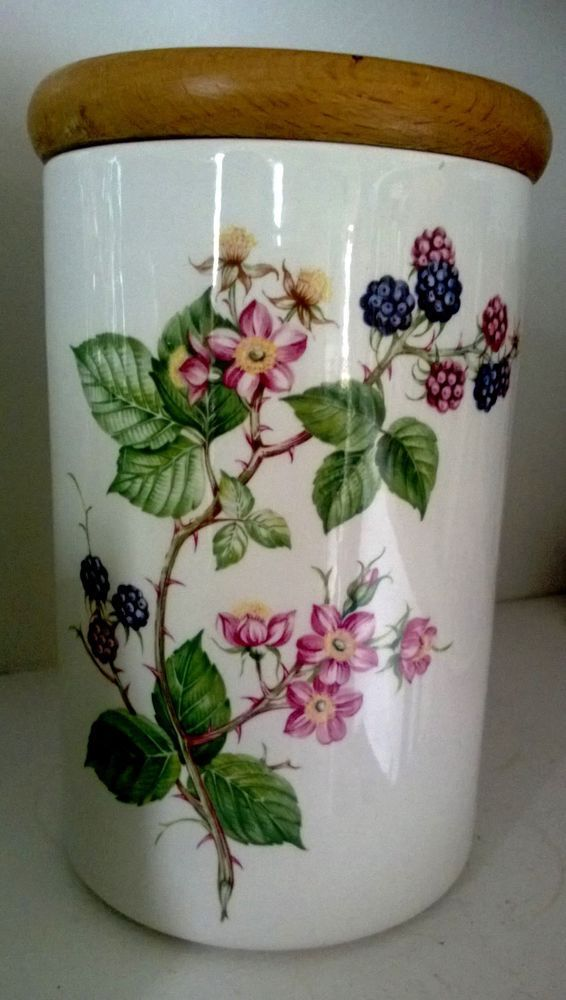 Beautiful Canister Botanic Garden Pomoma portmeirion pottery black raspberry HTF