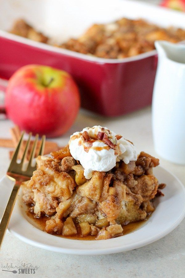 Baked Apple French Toast Casserole - Fluffy baked french toast filled with sweet cinnamon apples, brown sugar and vanilla.
