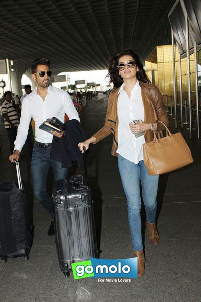 Upen Patel & Karishma Tanna snapped at Mumbai Domestic Airport