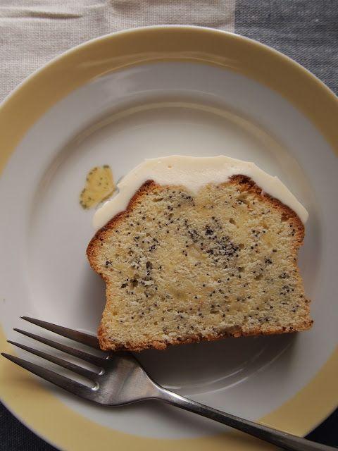 レモンポピーシードケーキ