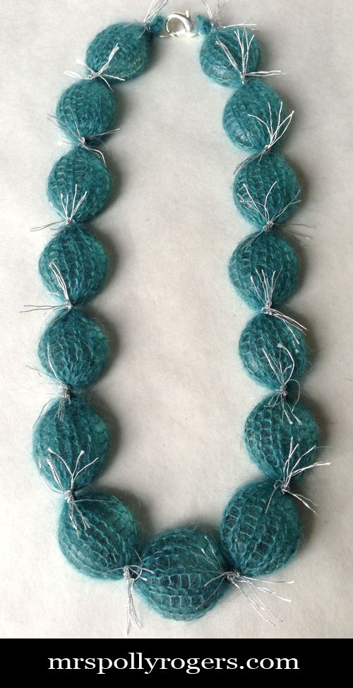 Click here to DIY Simple Knit Winter Jewelry.  Very basic & EASY!  Blog instructions & Tons of Photos.  From MrsPollyRogers.com