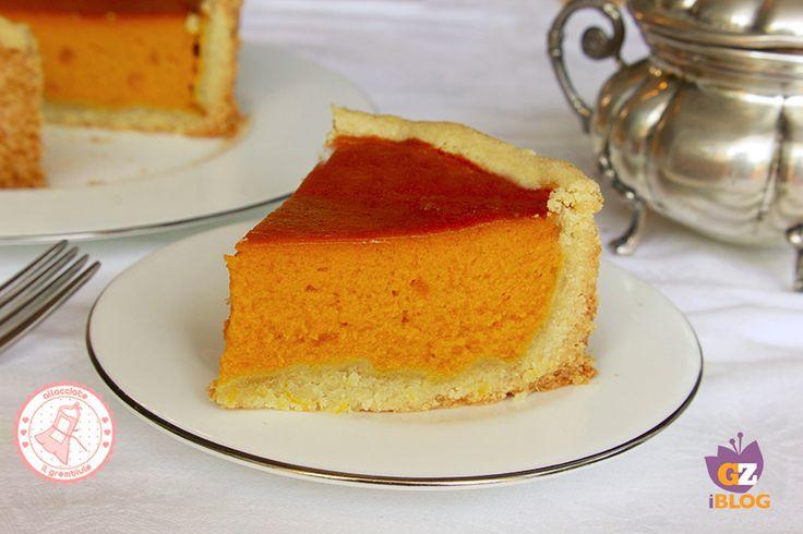 La pumpkin pie è una ricetta americana per preparare una torta di zucca dolce che si prepara nel periodo invernale. Golosissima e facile da preparare.