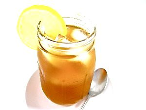 The Arnold Palmer…A Refreshing Iced Tea!  The fabulous Arnold Palmer or Arnie Palmer, is a delightful drink of half iced tea and half lemonade.  It's named for the legendary golfer and is said to be his favorite beverage. The iced tea can be sweetened or unsweetened. The skinny for each sweetened serving is 81 calories, 0 fat and 2 Weight Watchers POINTS PLUS.