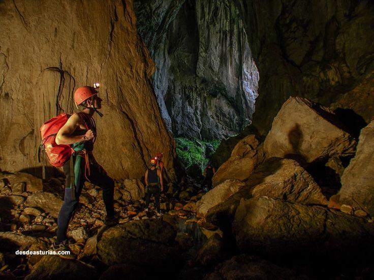 Cueva del Tinganón Ribadesella. Rutas por Ribadesella. http://www.ribadesella.com