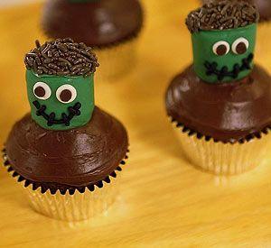DIY Mini Monster Cupcakes! @Phyllis Garcia magazine