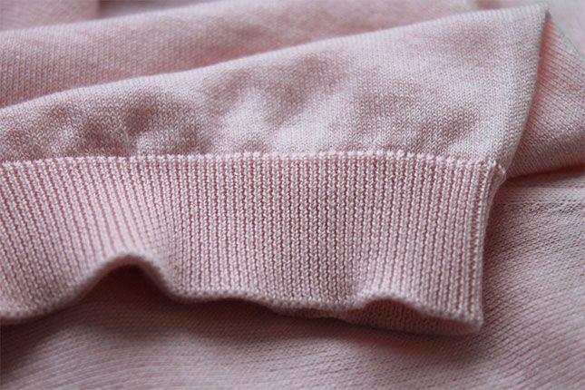 Our luxurious Putney v-neck sweater in our new seasonal hue Pleat Pink for #SS18 #PrecisionFluidity