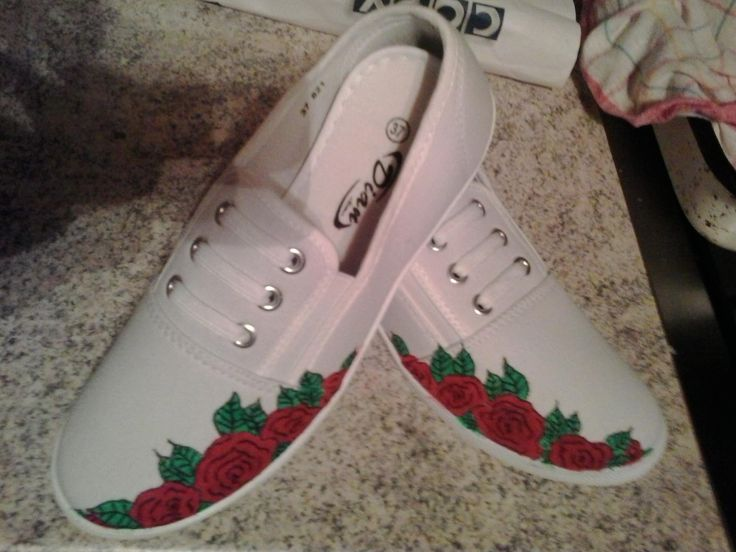 Roses, hand painted canvas shoes, sneakers