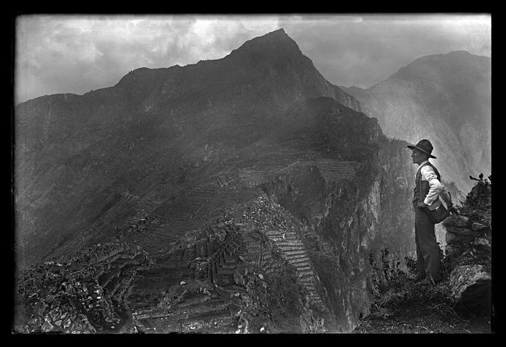autoretrato - martin chambi - peruvian photographer