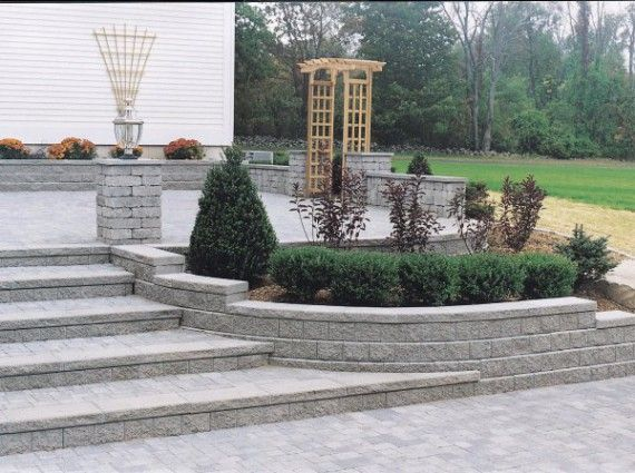 Unilock   Unilock Paver Patio With Pisa2 Garden Wall And Steps U2026