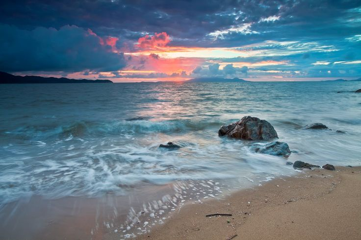 Beautiful Sunrise: Pallarenda Beach, Townsville, Australia | I Like To Waste My Time