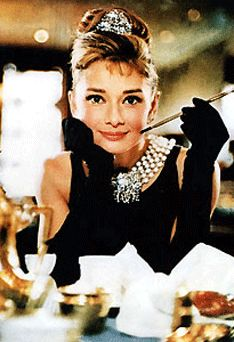 #Elegance was her #attitude and she didn't shy away from it. Petite, beautiful and independent, Audrey Hepburn will forever be our #style #icon. #jpearls