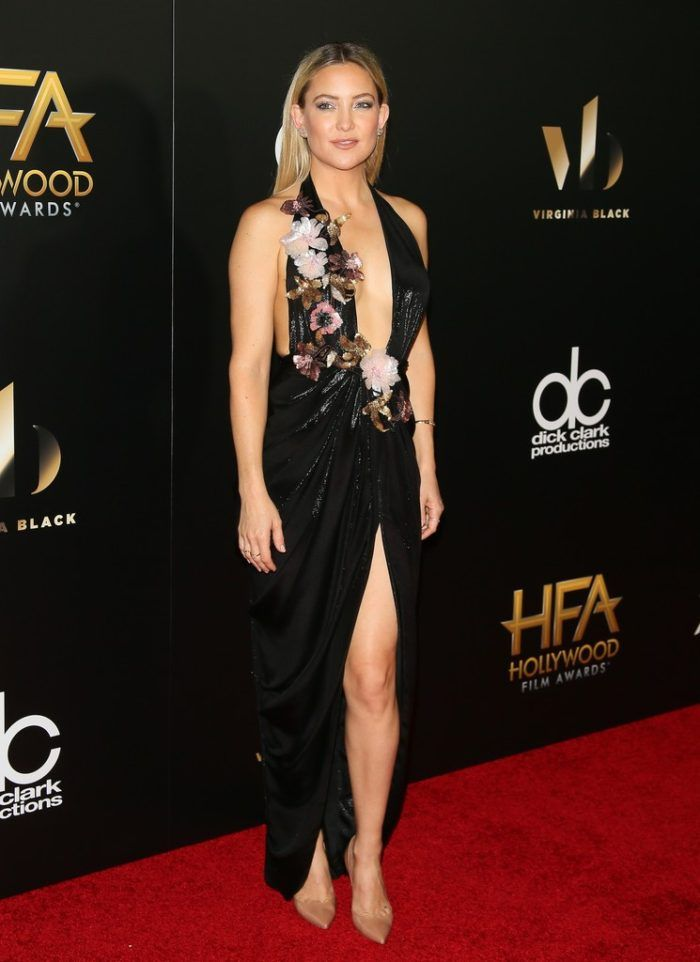 Kate Hudson In Marchesa At The 2016 Hollywood Film Awards