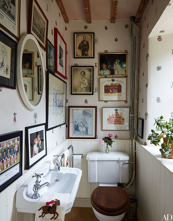 Amanda Brooks Country House. #bathroom  #toilet