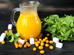 Сок из облепихи на зиму без кипячения — рецепт с фото пошагово. Как сделать сок из облепихи на зиму без варки?