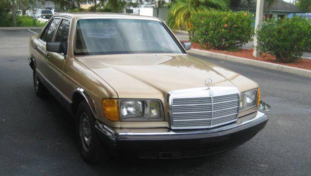 Built Like A Tank: 1985 Mercedes 300 SD #Drivers #Mercedes - https://barnfinds.com/built-like-tank-1985-mercedes-300-sd/
