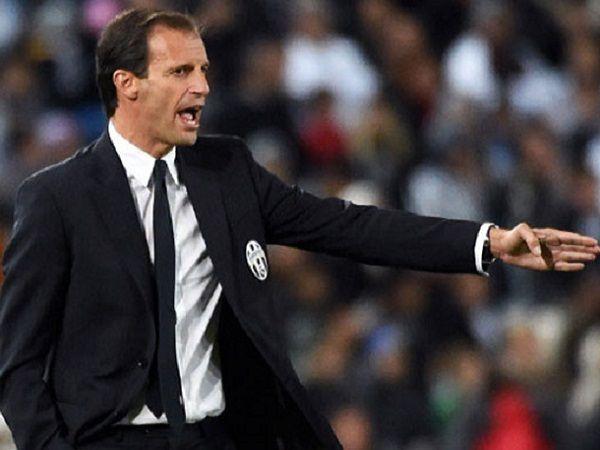 Ligaolahraga - Pelatih Juventus, Massimiliano Allegri, menyebutkan bahwa tim asuhannya tak akan tampil bertahan melawan Bayern Munich di fase 16 besar Liga Champions yang akan diselenggarakan pada bulan Februari dan Maret tahun depan.