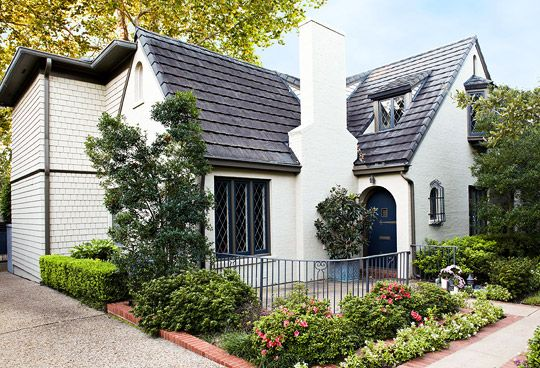 Tour This Lovely Spanish Colonial Home In Dallas Http