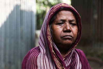 La violación de guerra o el virus del rechazo. La guerra de independencia de Bangladesh concluyó hace más de cuatro décadas, pero miles de mujeres que fueron víctimas de violencia sexual han sido penalizadas por la sociedad. Igor G. Barbero | El País, 2016-01-18 http://elpais.com/elpais/2016/01/15/planeta_futuro/1452863225_227559.html