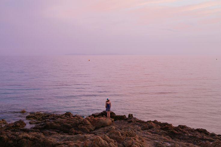 Coucher de soleil sur la plage de #Gigaro à #LaCroixValmer, juste magique