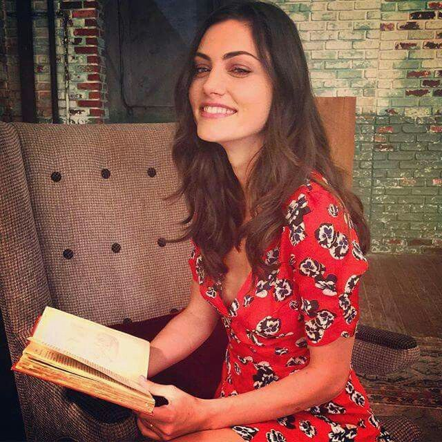 Phoebe Tonkin on the set of The Originals