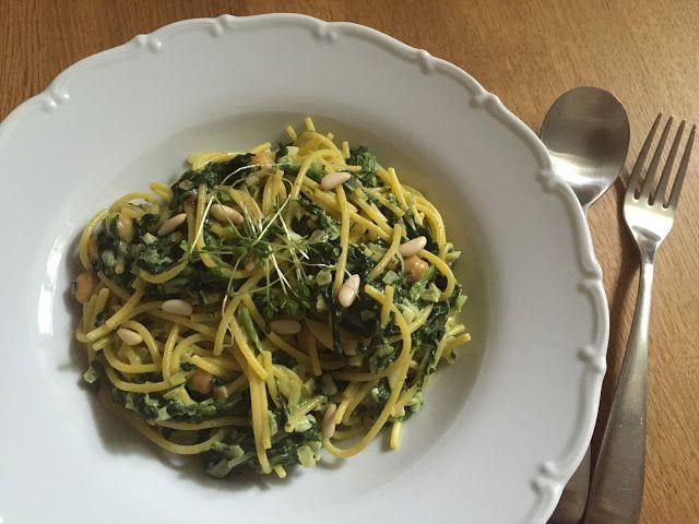 Špagety se ŠPENÁTEM a CIZRNOU
