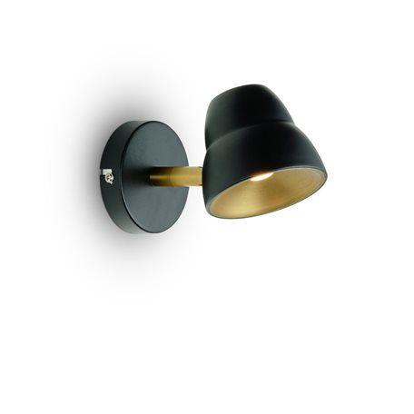 HERSTAL Fico Mässing/Svart Led/Dimmer Sänglampa Sänglampan Fico från Herstal är en smidig lampa med sin mjuka design. Lampan har en integrerad ljuskälla som är dimbar med hjälp av touchdimmern. Höjd 9cm Djup 17cm Effekt max 5W Sockel Integrerad LED Ljuskällor Ingår Färg Mässing/Svart Material Metall Energiklass A+ Övrigt 2m vit kabel