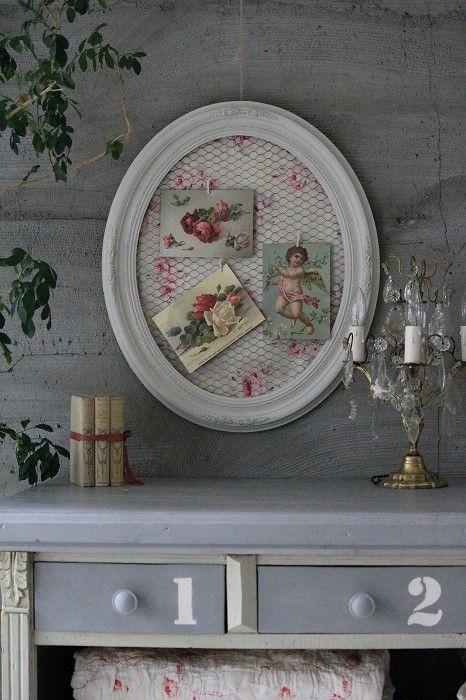 Idea for shabby chic memo board - use old picture frame, pretty fabric and chicken wire. :)