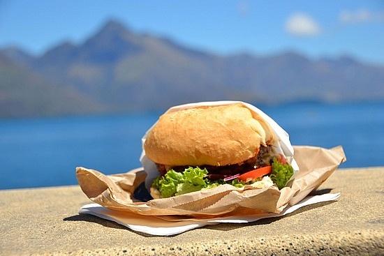 Fergburger...the view is just around the corner :)