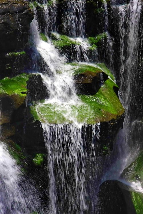 how to make a hidden waterfall base