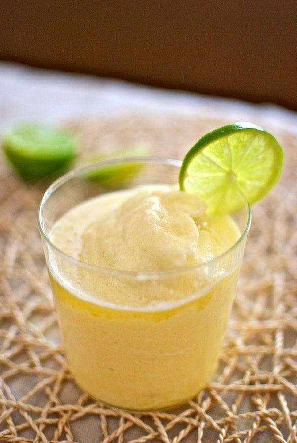 Receta de 'smoothie de piña' de Pepekitchen para el blog 'A tu Gusto' de superSol. La mejor gastronomía :)