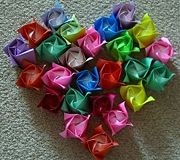 How to fold a paper rose.: Paper Roses, Kids Parties, How To Folding Origami Flowers, Crafts Ideas, Diy Crafts, Diy Design, Kids Crafts, Origami Rose, Crafts Diy