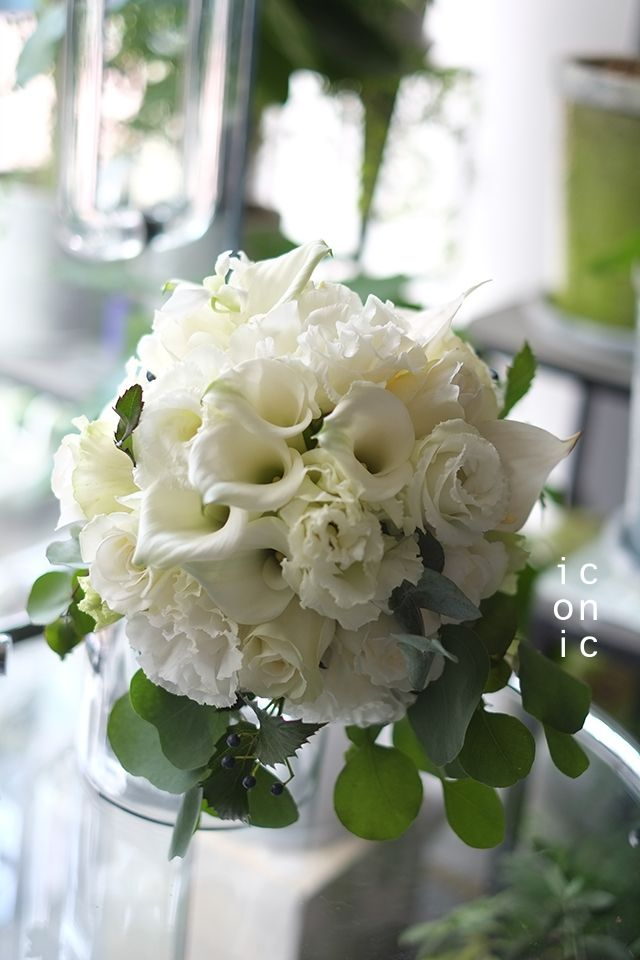 Eustoma,Eucalyptus,Wedding bouquet,iconicflower